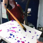 Photo of Apollo, Green-Winged Macaw, Creating Painting 2016-01